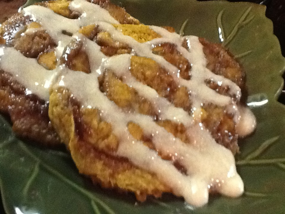 Kitty's Kozy Kitchen: Pumpkin Cinnamon Roll Pancakes
