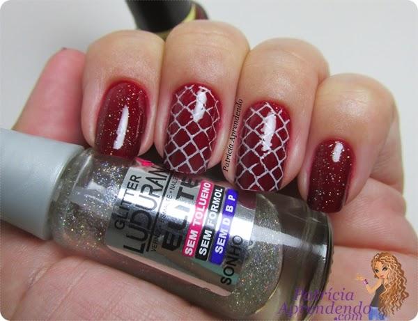 Esmalte Revlon Valentine com carimbada e glitter Sonho Ludurana