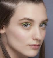 Maquiagem das passarela de verão 2014 feitos com lápis coloridos