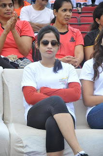 Actress Swathi Deekshit Pictures in Tights at Hyderabad 10K Run 0040