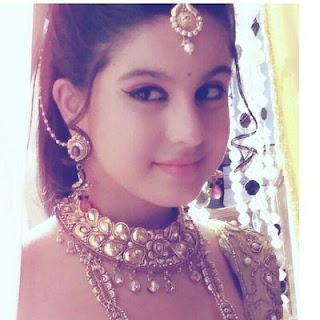 Foto Tunisha Sharma Imut Unyu Pemeran Ahankara di Serial Ashoka ANTV