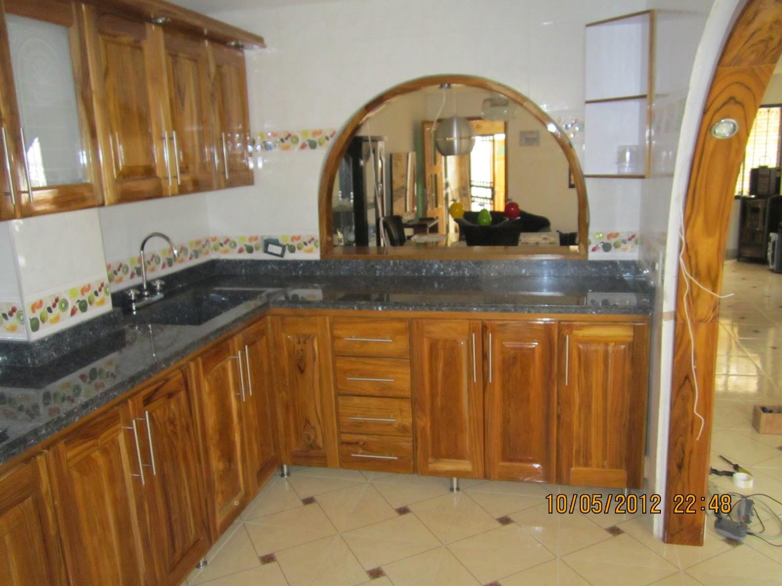 Mgc marmol granito y cuarzo for Cocinas en granito natural