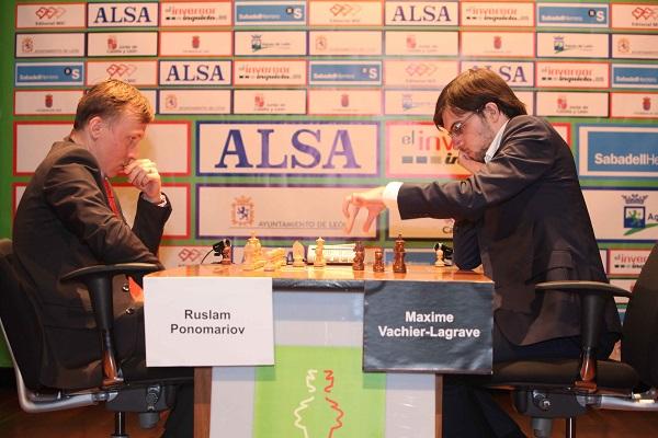 Le Français Maxime Vachier-Lagrave a éliminé l'Ukrainien Ruslan Ponomariov sur le score de 2.5-1.5 au tournoi d'échecs de León