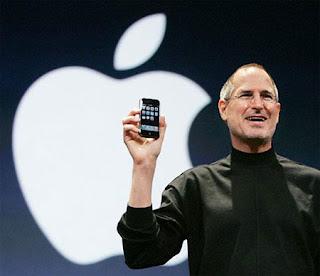 Steve Jobs no lançamento do iPhone em 2007.
