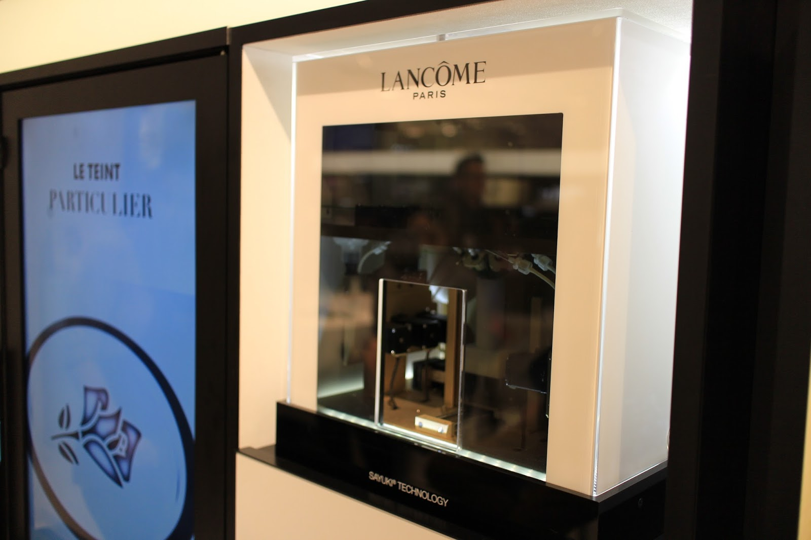 she is lovely lancome le teint particulier. Black Bedroom Furniture Sets. Home Design Ideas