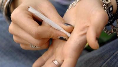 buongiornolink - Cassazione E' legittimo licenziare chi fuma spinelli al lavoro