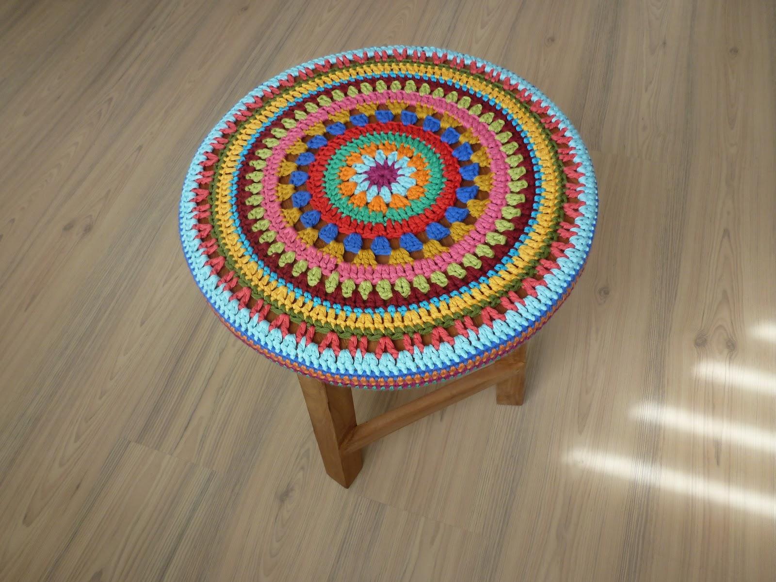 Декоративные сидушки для стула крючком. Схемы Knit crochet 9