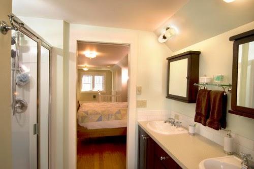 traditional bathroom design-in master bedroom