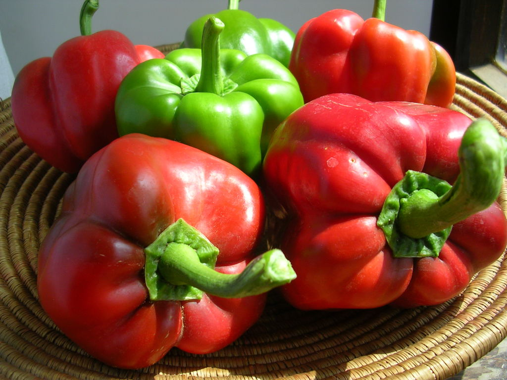 how to cut a bell pepper for stuffing