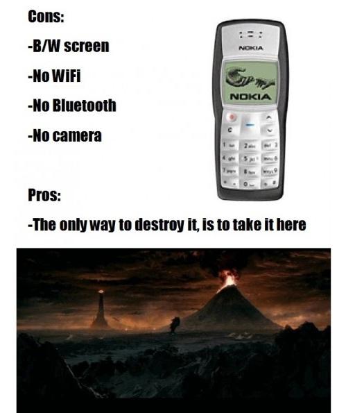 Meme - Nokia 3310, o celular indestrutível   Sequelanet