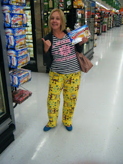 people of Walmart, spongebob pants