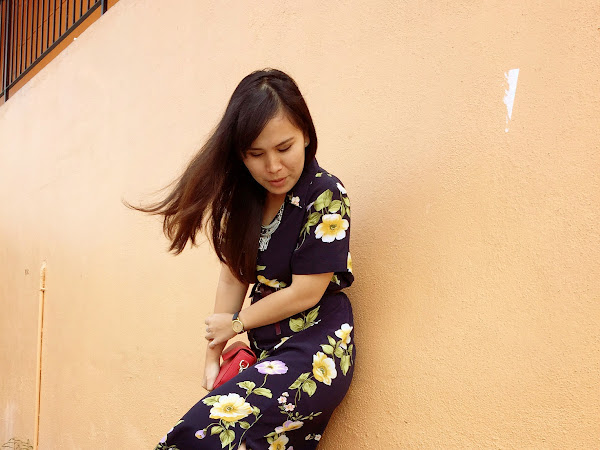 Outfit Diary: Vintage floral maxi dress