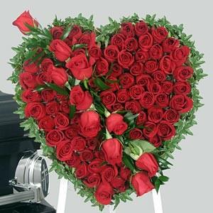 http://4.bp.blogspot.com/-EbN0HF8q_go/TVPsIvZQHvI/AAAAAAAAAJU/IH5X0aXRyvE/s1600/Valentines+Day+Romantic+Gift+Ideas2.jpg