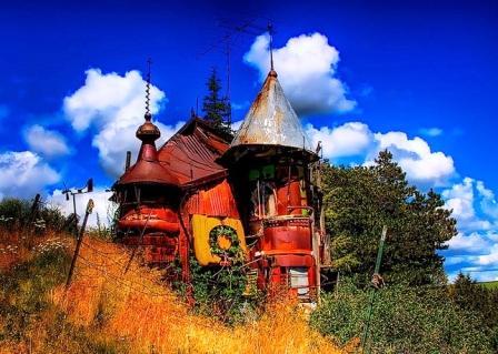 The-Junk-Castle