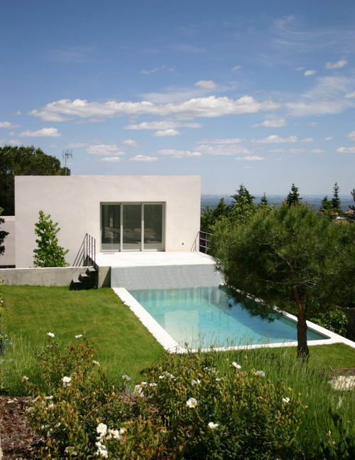 Minimalist House Design by ÁBATON Arquitectura