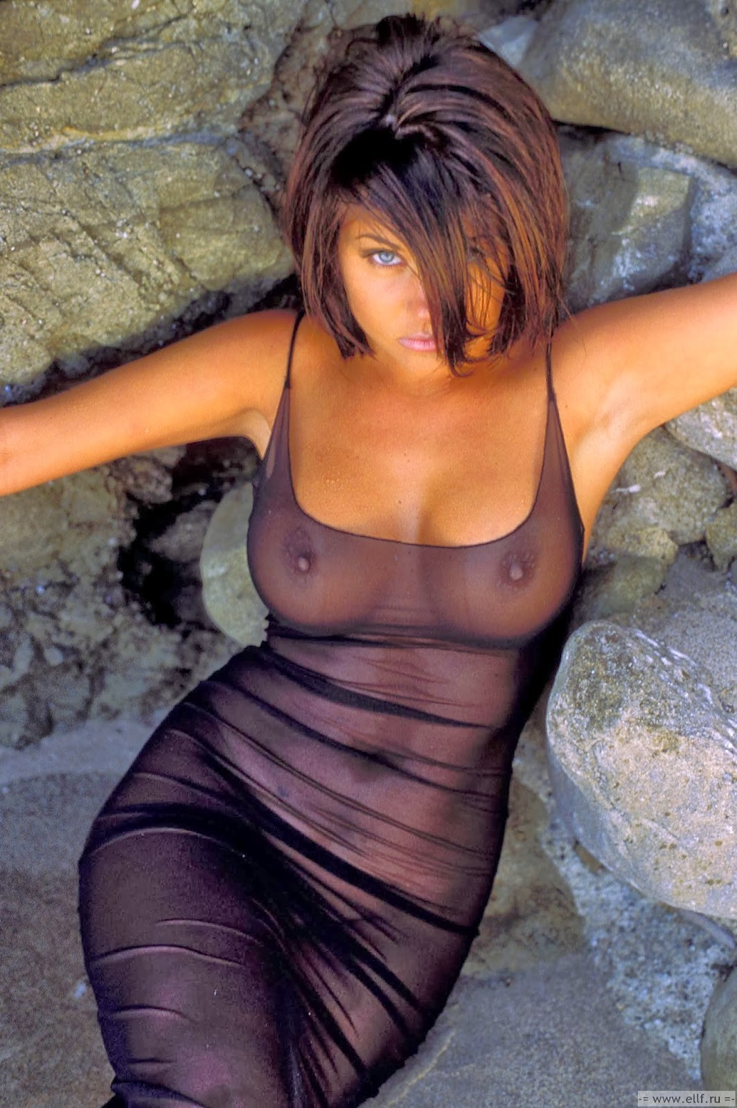 tiffani thiessen nude picture