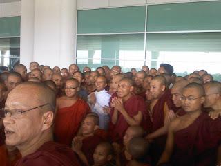"""""""ေန႔သစ္တစ္ခု  ေမြးဖြားျခင္း""""  – (Ashin Wirathu)"""