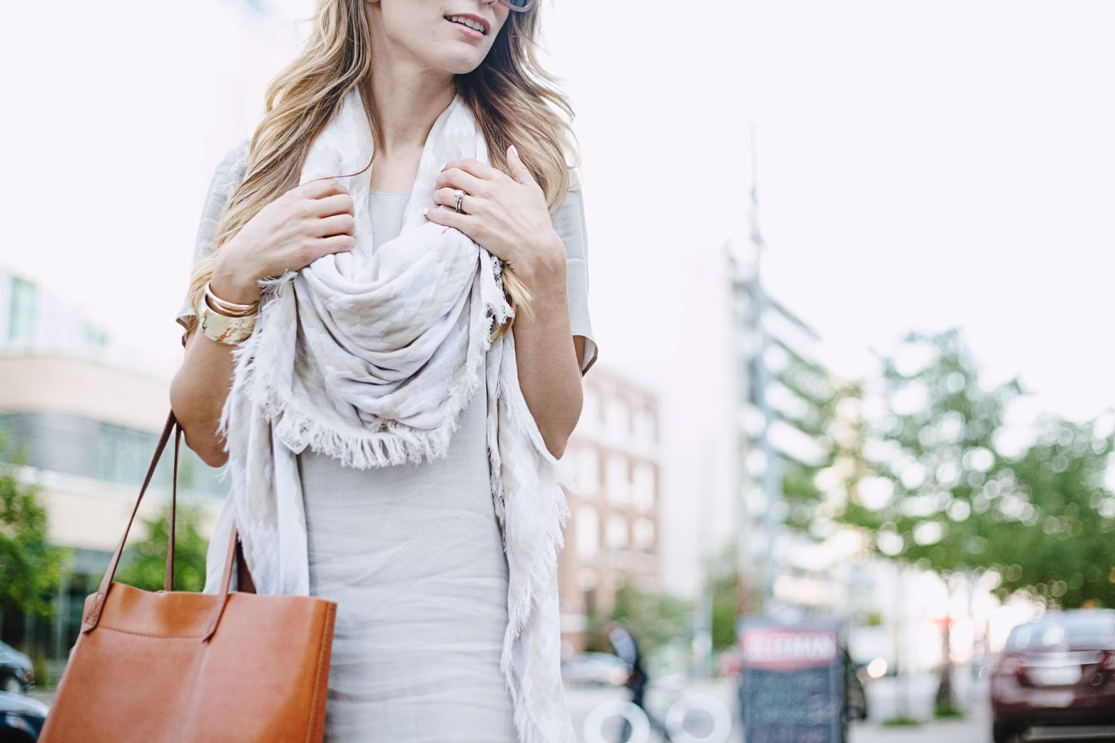 aritzia teigen dress blanket scarf summer