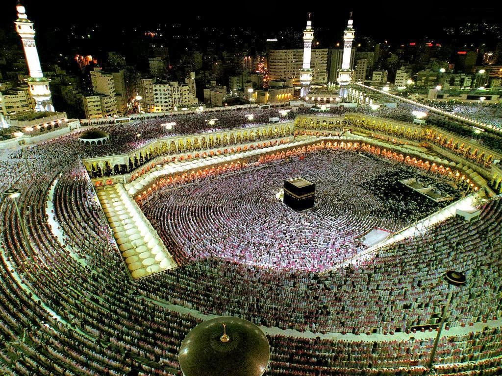 Wallpaper iphone kabah - This Pic Is Taken From Far Away Top Place During Hajj Days