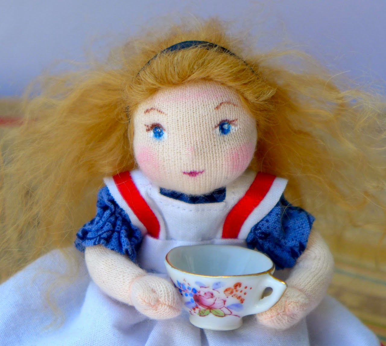 https://www.etsy.com/listing/197385182/alice-in-wonderland-miniature-art-doll