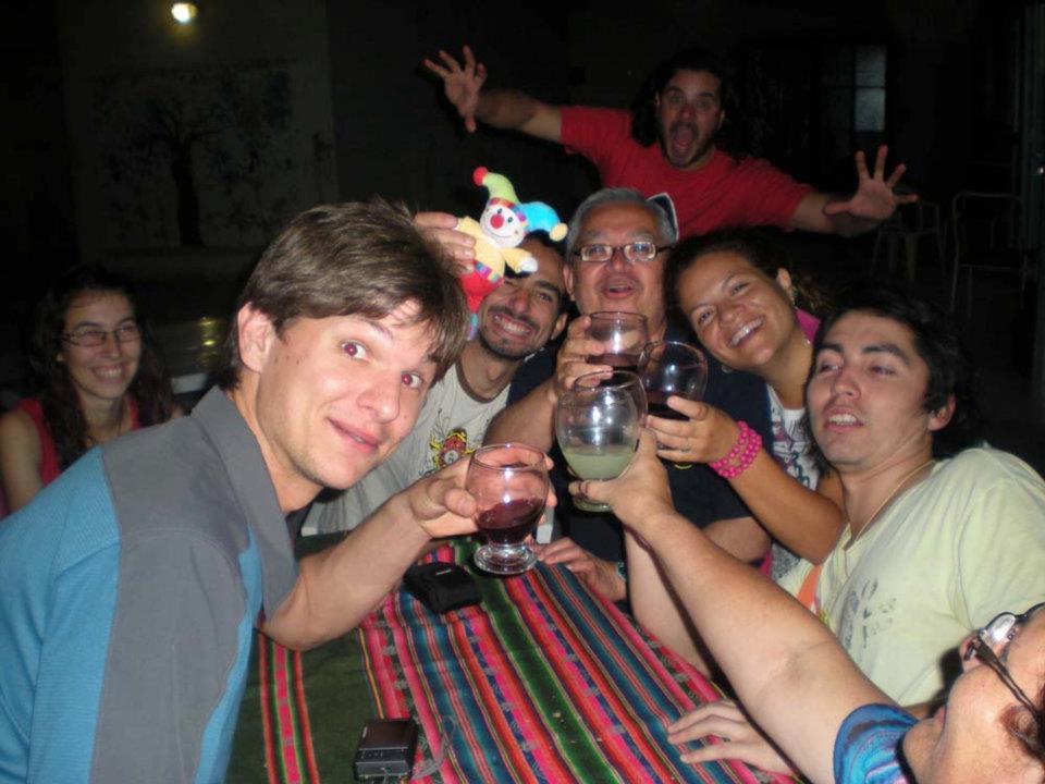 Con amigos latinoamericanos