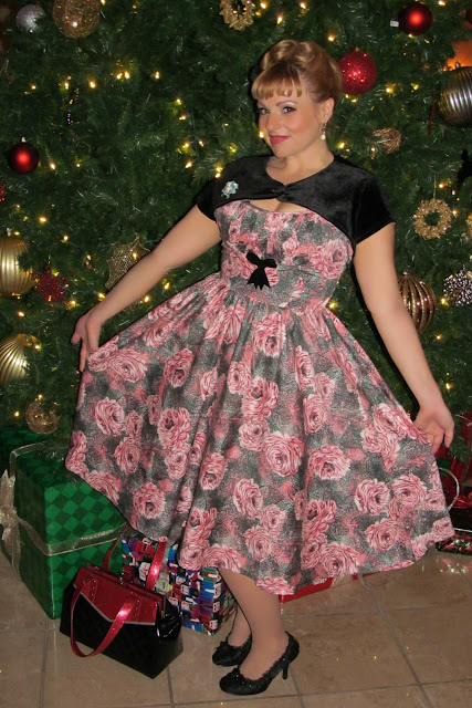 Mavyn Mom: Wardrobe Wednesday: Pinup Couture