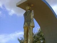 estátua chefe