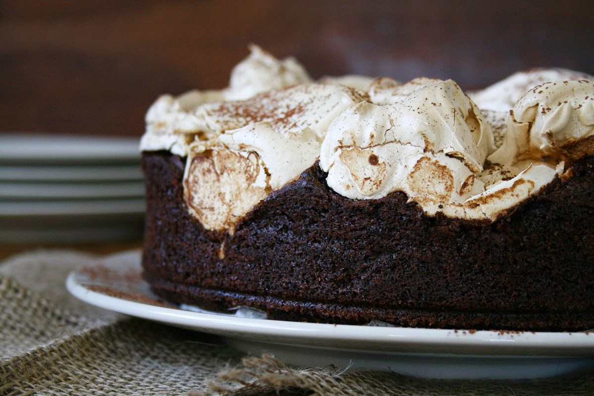 Cupcakes & Couscous: CHOCOLATE MERINGUE CAKE