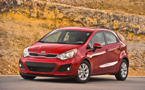 Test Driving Life  Kia Rio   Small Car  Big Step Up