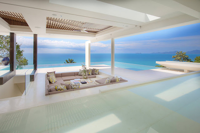 Picture of large terrace with sunken sofa and ocean views