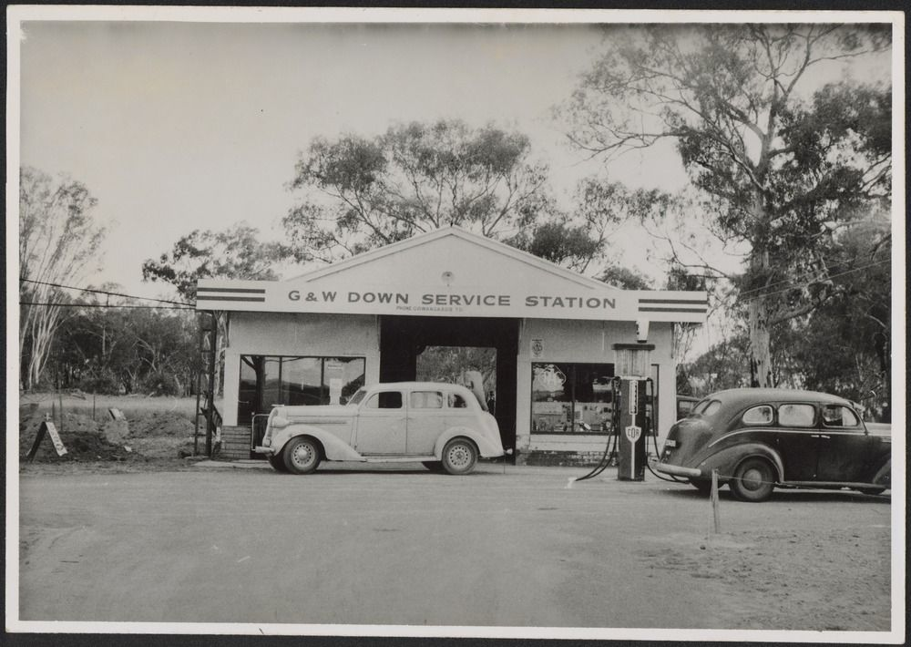 historic trucks service stations in victoria 1920s to 1950s. Black Bedroom Furniture Sets. Home Design Ideas