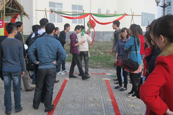 Trò Chơi Dân Gian Tại Hội Làng FPT Hà Nội
