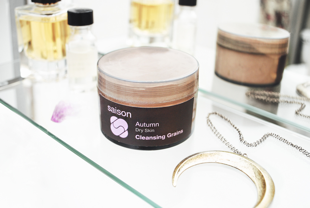 Saison Autumn Dry Skin Cleansing Grains - Mini Penny Blog