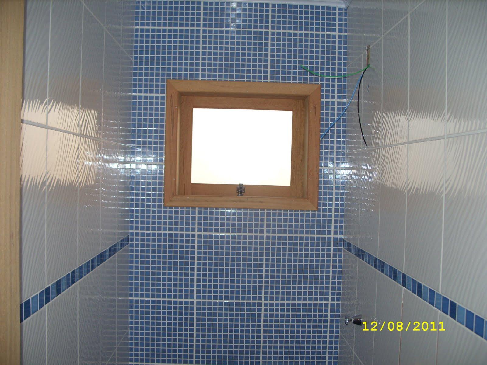 janela do banheiro porta do banheiro porta pivotante janela da #6F4E37 1600 1200