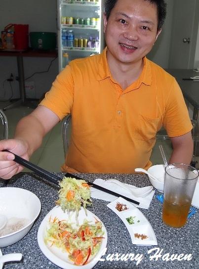 moses lim praise gourmet salmon yusheng review