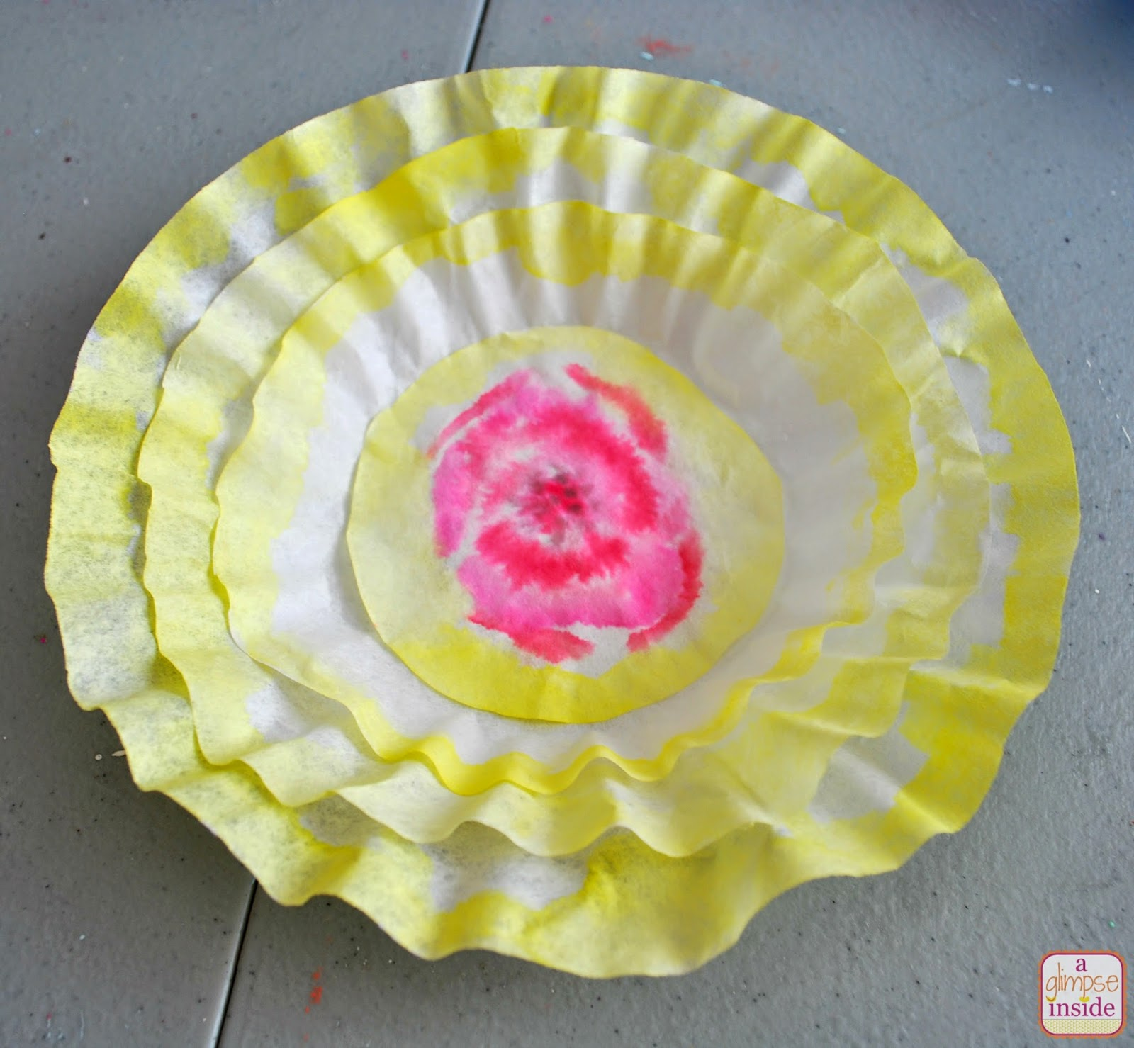 how to make colored coffee filter flowers