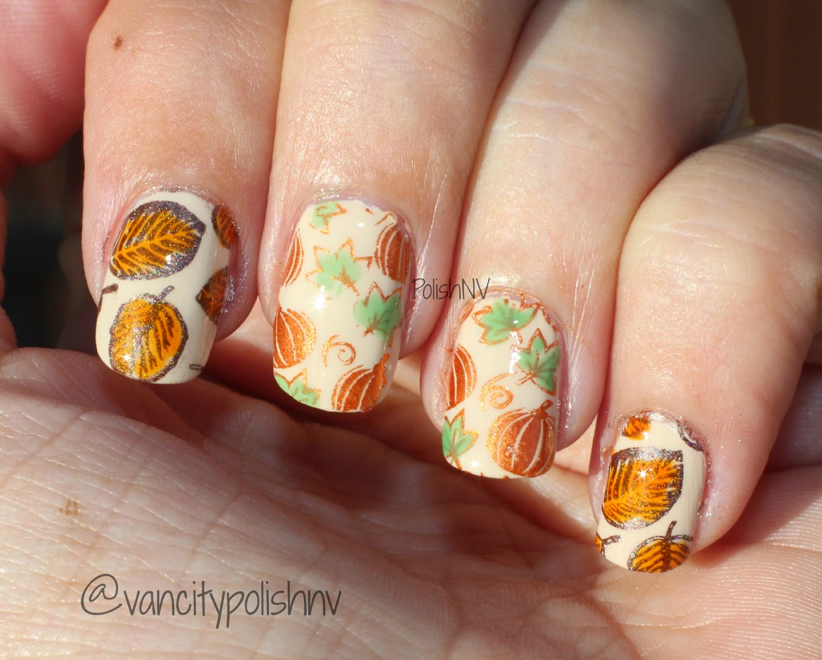 thanksgiving nail stamping