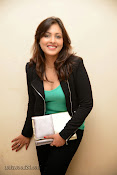 Madhu Shalini Glam pics at Citizen Audio-thumbnail-3