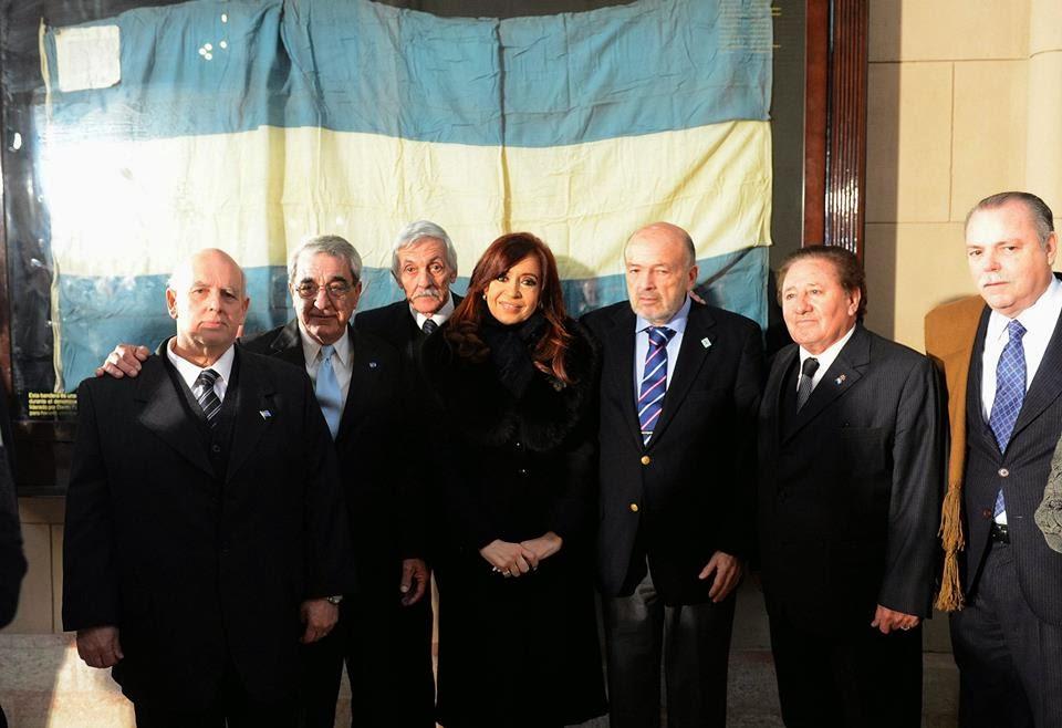 Cóndores junto a la presidenta CFK