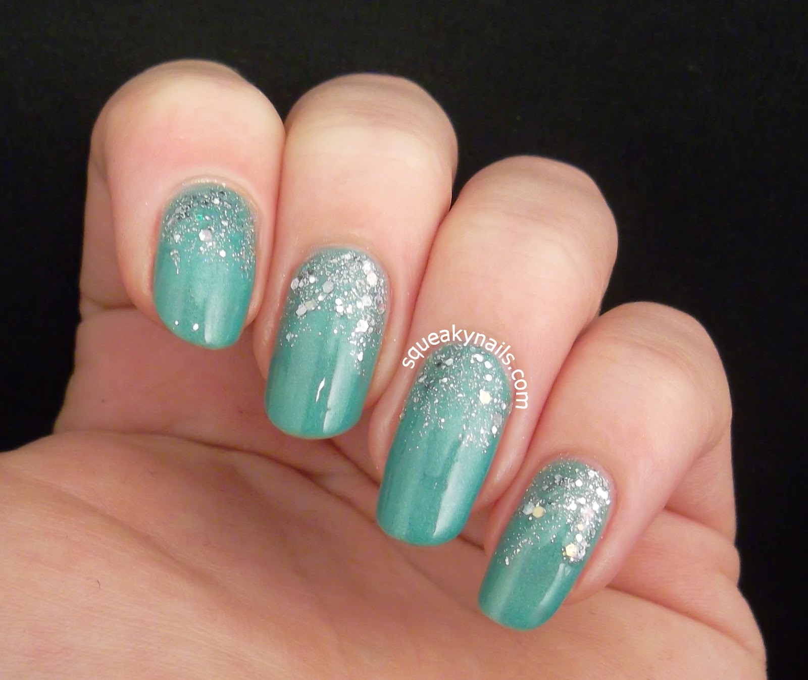 Glitter gradient with piCture pOlish Jade and Shimmer Polish Alice | Squeaky Nails