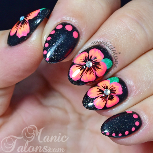 Bright Flowers Nail Art with Wildflowers Art Paints