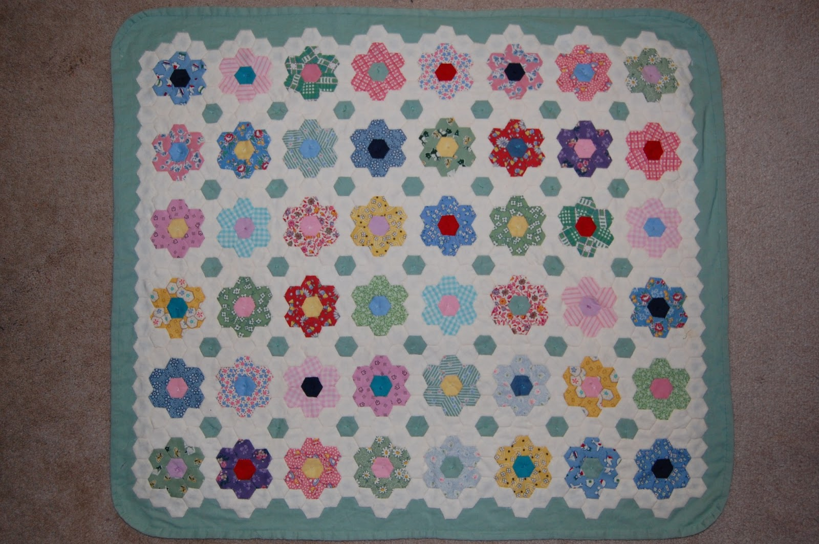 Scraps and threadtales spring day for Grandmother flower garden quilt pattern variations