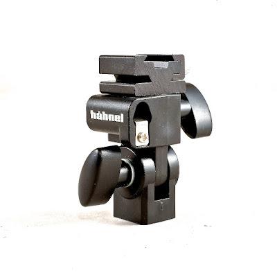 http://cameraelectronic.com.au/spec_sheet.html?catalog[name]=H%C3%A4hnel-Universal-Flash-Accessory-Kit-for-Speedlites-%231002-110.0-hahnel-universal&catalog[product_guids][0]=1158186