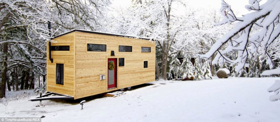 A Couple Got Out Of The Rat Race And Built This Tiny Home