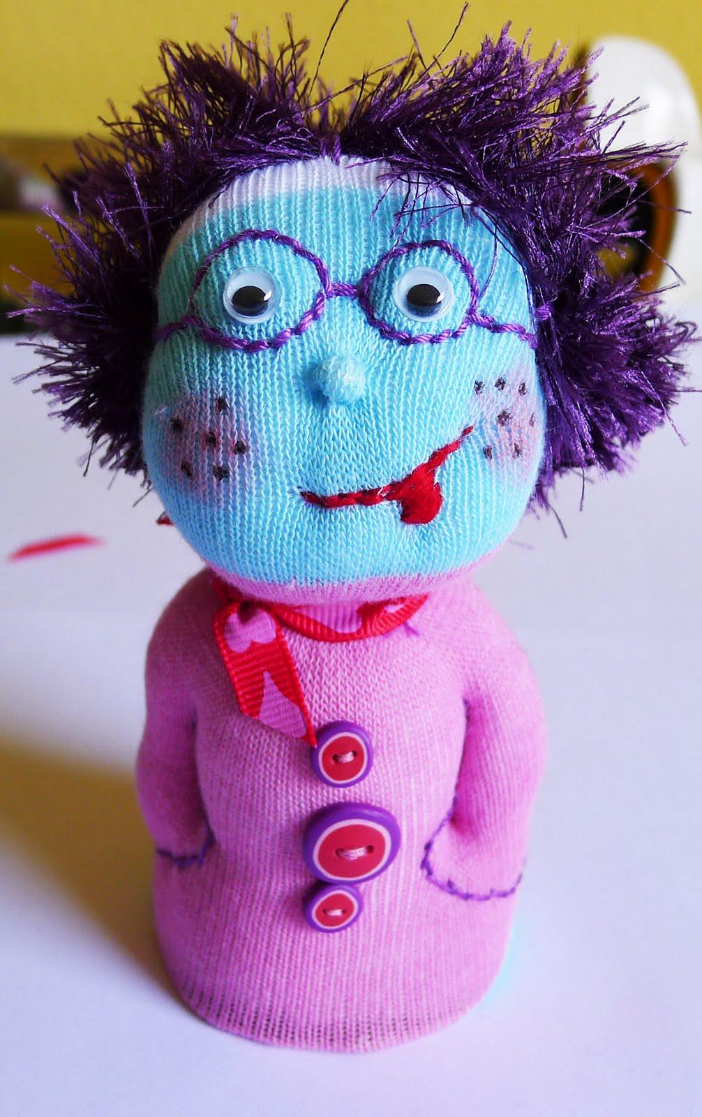Куклы своими руками из носков, фото, инструкция 74