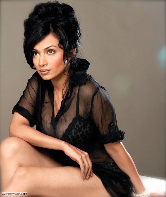 flora_saini_spicy_photo_shoot_005