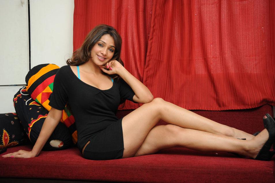 Bollywood sexy nangi photo