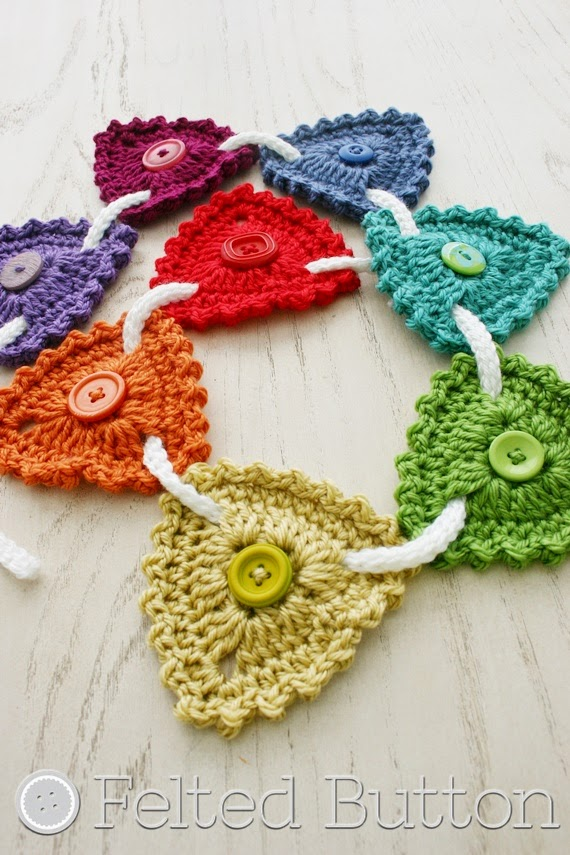 Button Bunting--Free Crochet Pattern from Felted Button