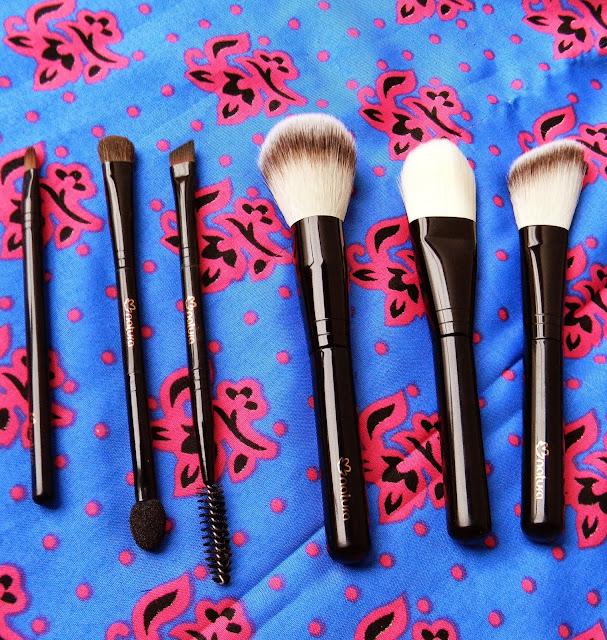 resenha do kit de pincéis de maquiagem Natura