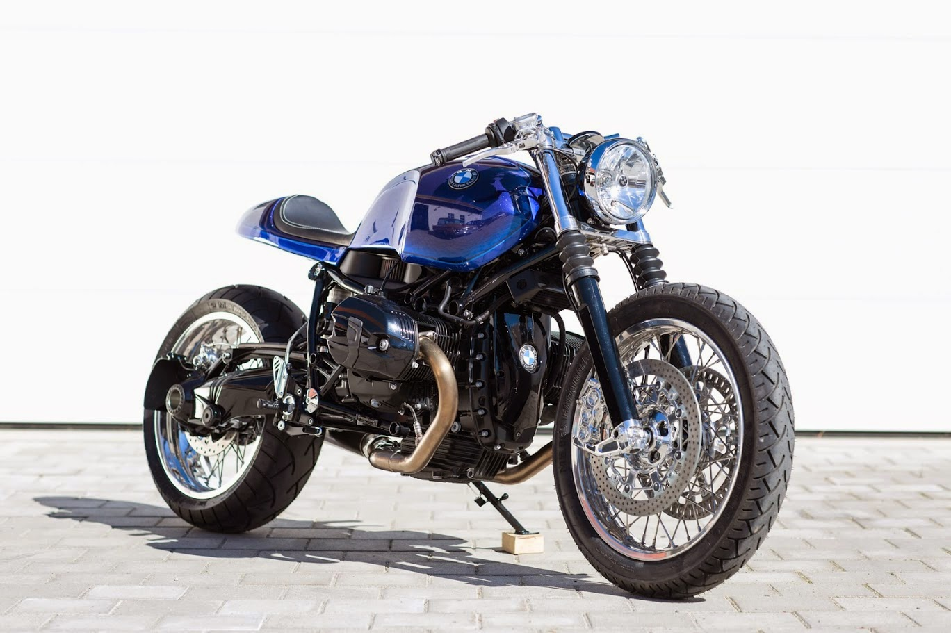 racing caf bmw r ninet stockholm syndrome by unique custom cycles. Black Bedroom Furniture Sets. Home Design Ideas